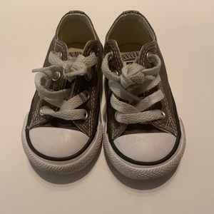 Converse UNISEX gray toddler sneakers